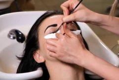 Особенности и рекомендации покраски ресничных волосков хной
